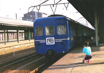 198608xx_カニ24_はやぶさ_下関駅.jpg