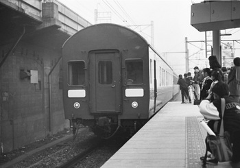 02_19881223_オニ23_OE88_浦和駅.jpg